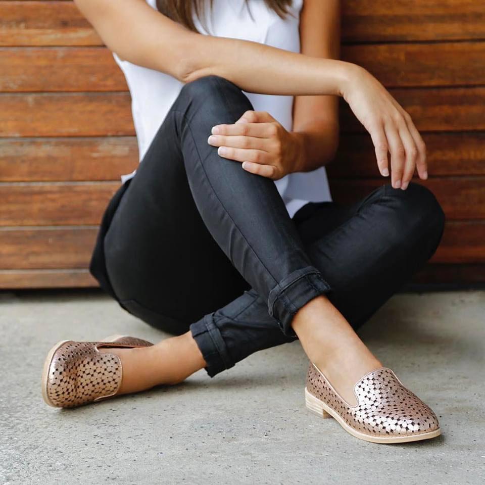 Midas Shoes | HEELS AGENCY